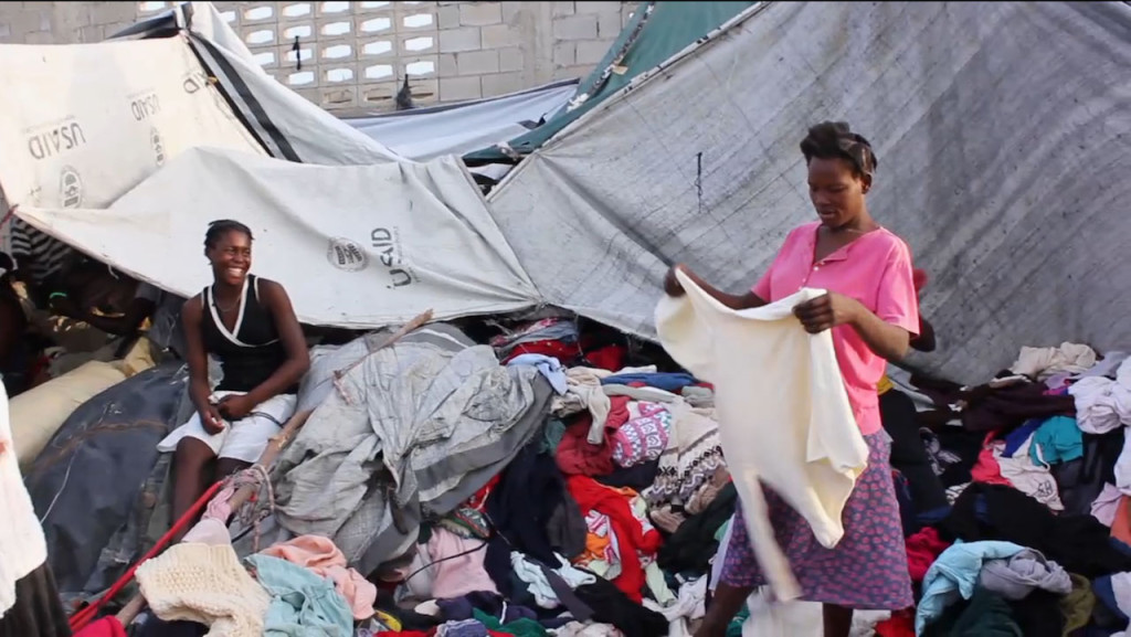 Aid clothes