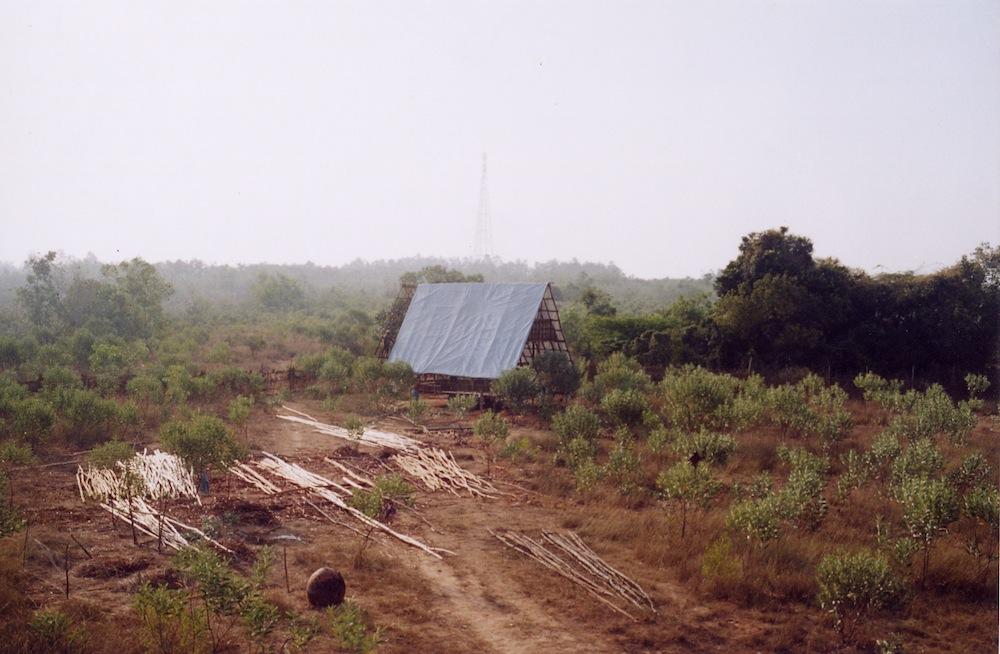 Family Hut May 2004