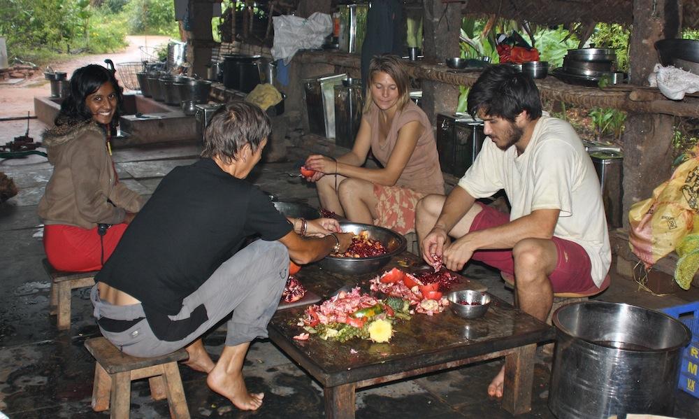 Kitchen Team (3)