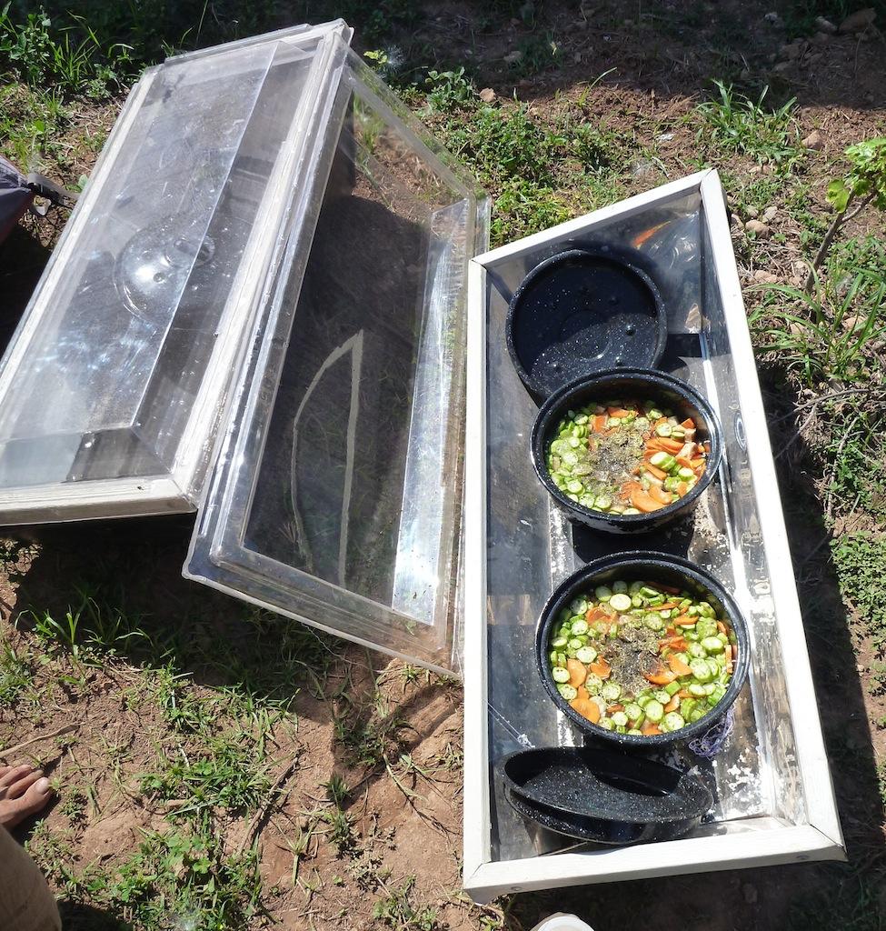 Solar Cooker (2)