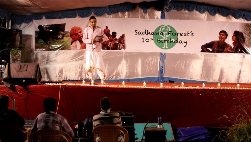 Karthik hosting the event